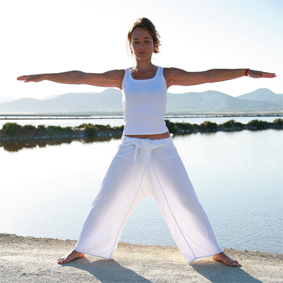 utthita tadasana vijfster  yogahoudingen  yoga online