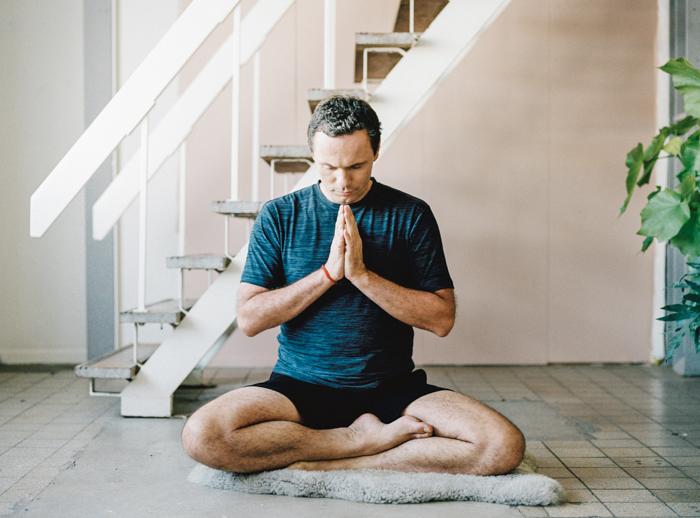 Anti-stress training Yoga Magazine