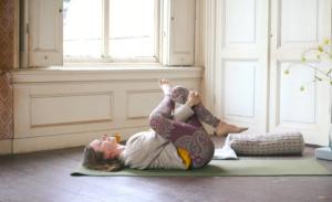 Irene Sportel - Van je hoofd naar je hart met Yin yoga oefeningen
