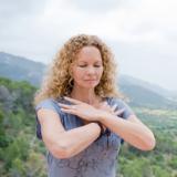 Zo kom je weer in balans, de kracht van Chinese yoga