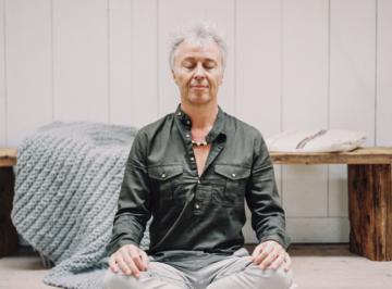 Meditatie: je emoties omarmen