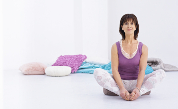 5 yogahoudingen voor in de overgang