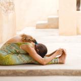 Avondserie met ontspannende yogaoefeningen
