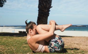 Hawaïaanse yogaserie om je levensenergie te laten stromen