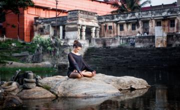 Het verhaal achter Jnana mudra: luister naar je wijsheid