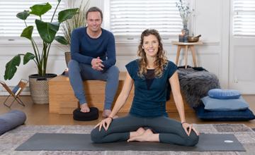 Verwelkom je angst: meditatie met restorative yoga
