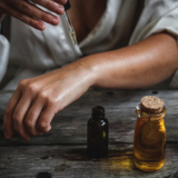 De kracht van olie: zo maak je je self-care ritueel compleet