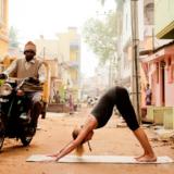 Het verhaal achter Adho Mukha Svanasana: blijf trouw aan jezelf